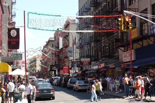Little_Italy,_New_York_City_-_panoramio