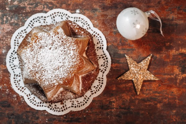 Traditional italian Pandoro cake to celebrate Chritmas holidays