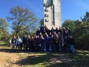 Il segretario generale Ugl, Francesco Paolo Capone, insieme a una delegazione del sindacato al cippo Corridoni nella Trincea delle Frasche.