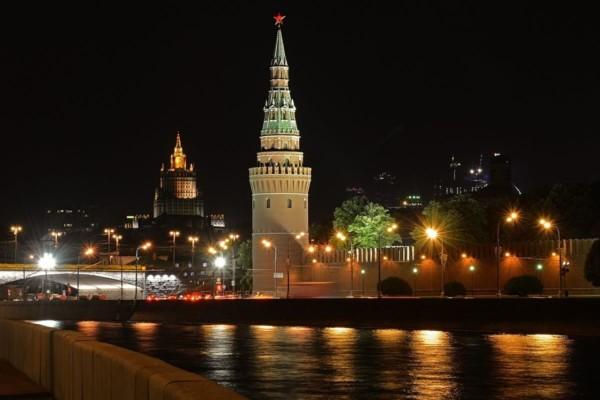 Ucraina, Mosca: «C'è rischio di guerra civile»