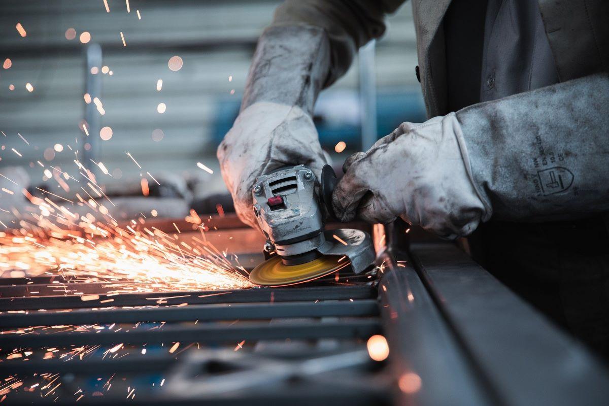 Industria, per il fatturato il peggior calo dal 2009