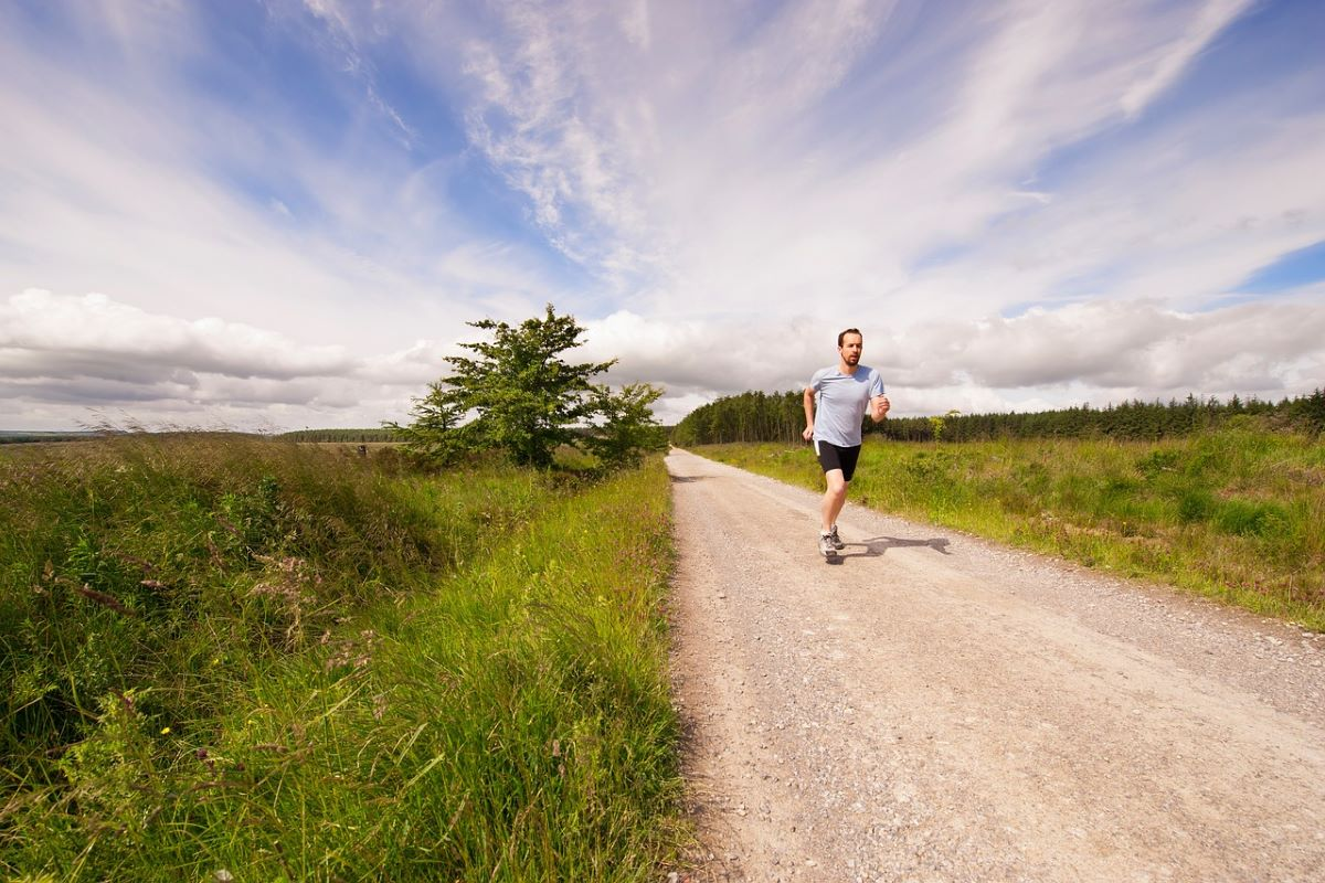 «L'inattività fisica aumenta il rischio di ammalarsi gravemente di Covid»
