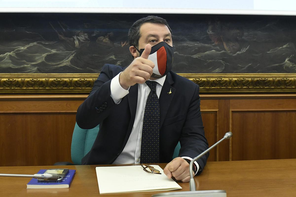 Salvini: «Resteremo al governo finché serve»